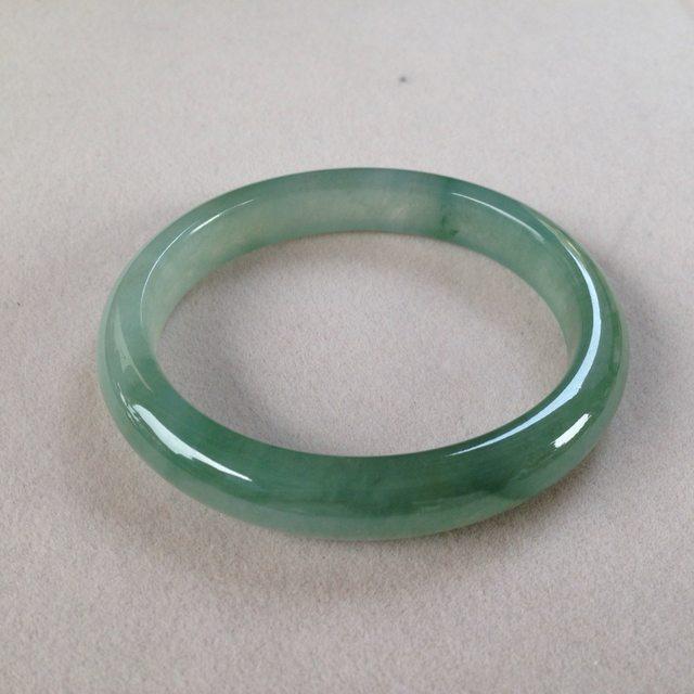 55.2冰种绿水翡翠贵妃手镯