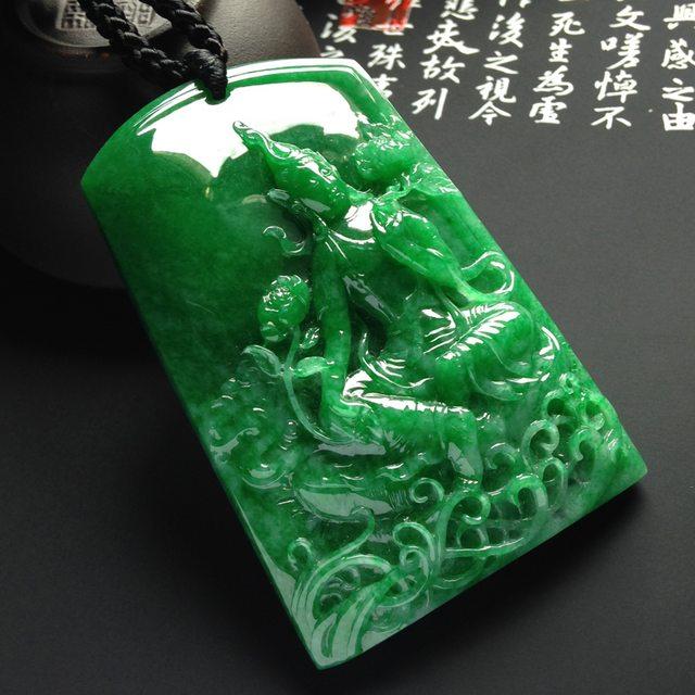 细糯种满色阳绿渡母 翡翠吊坠 尺寸61-39-12毫米