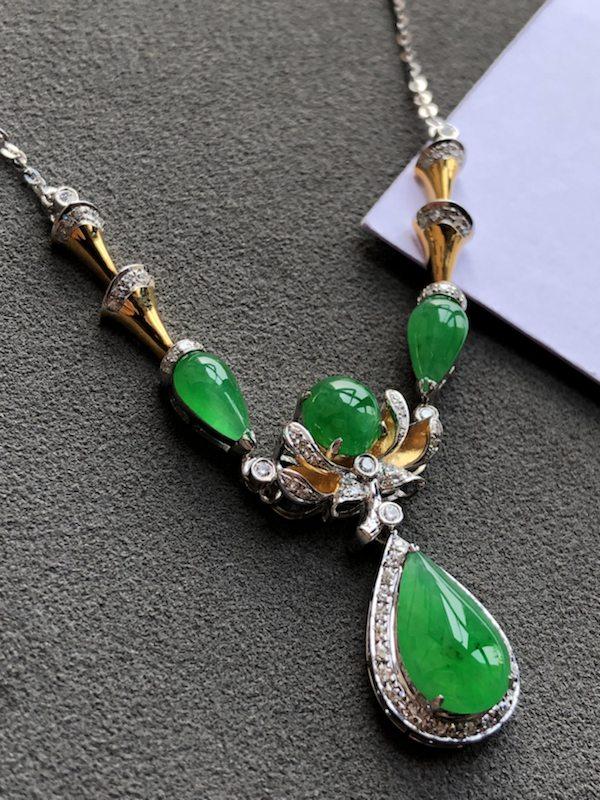 冰满绿天然翡翠锁骨项链