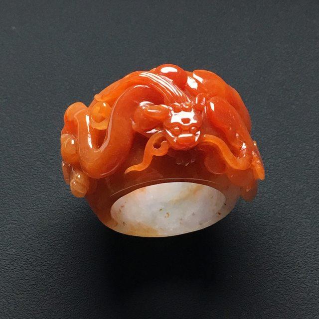 22.540-24-10.9寸雕红翡 龙行天下扳指