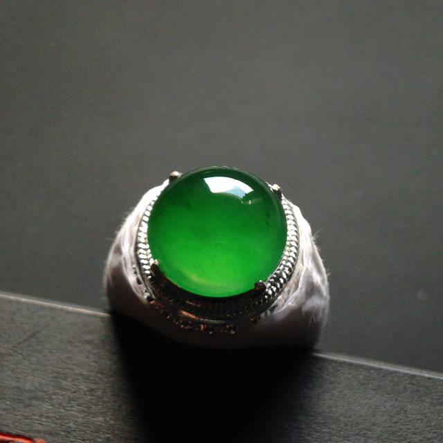 13-4寸冰种阳绿 缅甸天然翡翠戒指