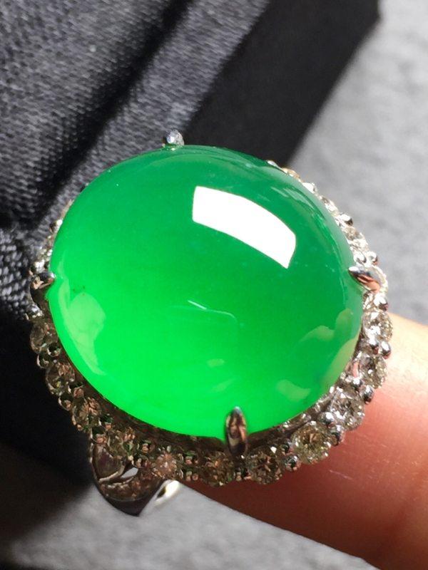 17*15.6*8寸冰阳绿鸽子蛋 缅甸天然翡翠戒指