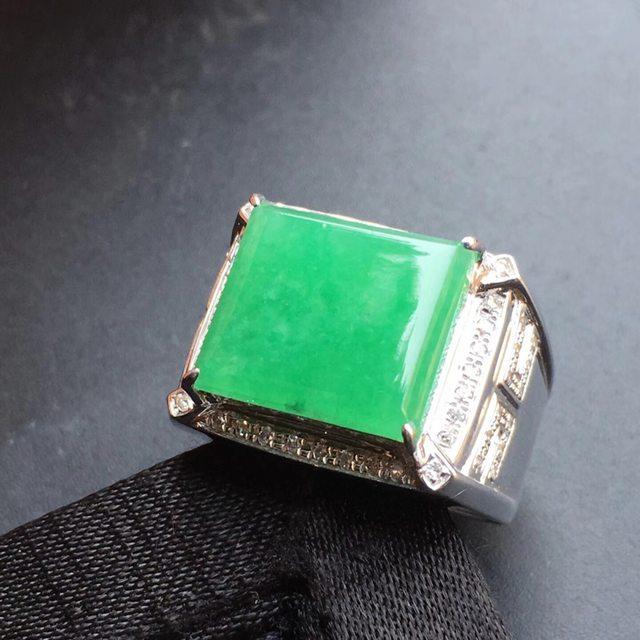 12.9*13.9*4mm冰种阳绿 缅甸天然翡翠戒指
