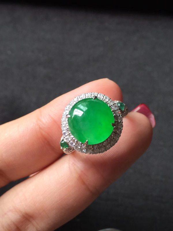 高冰种近玻璃种艳阳绿色标 缅甸天然翡翠戒指