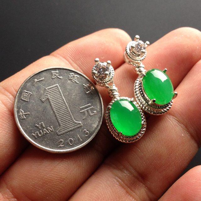 冰种阳绿 翡翠耳坠10-7-3.5毫米图6