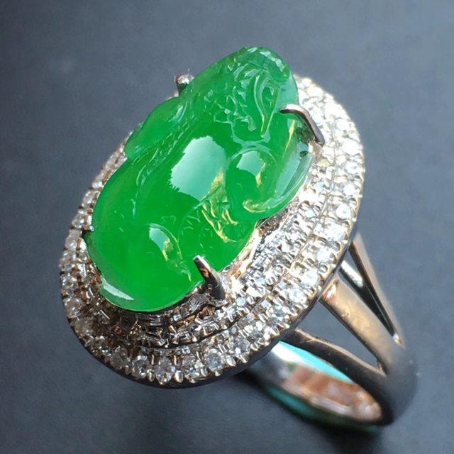 冰种阳绿貔貅 缅甸天然翡翠戒指大小13.7*9*5mm