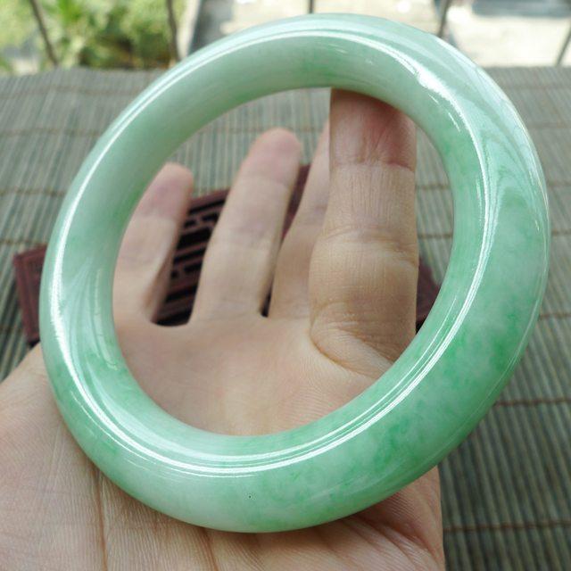 糯种满绿圆条57圈翡翠手镯图3