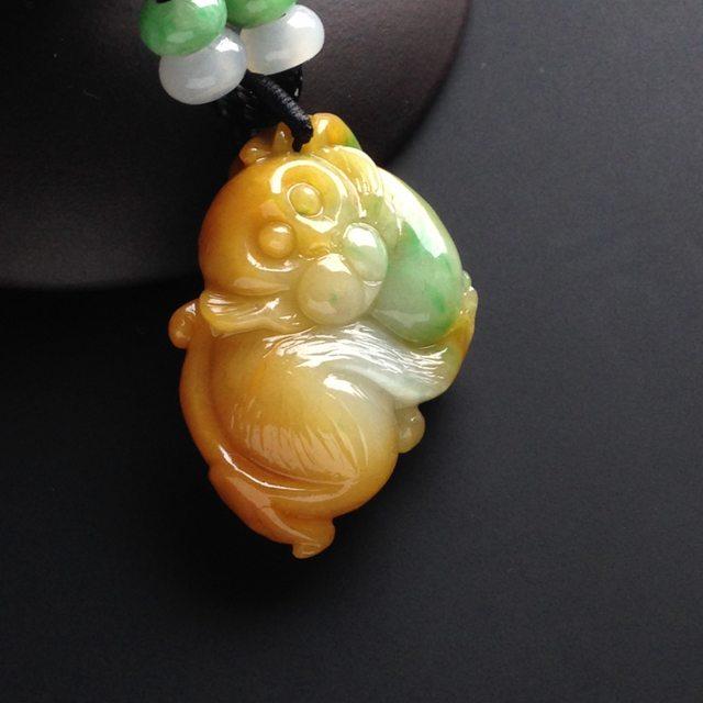 巧雕黄加绿翡翠挂件  缅甸天然灵猴翡翠挂件 尺寸36-23-11毫米