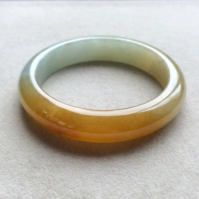 冰糯种黄翡天然翡翠扁管手镯(56.6mm)