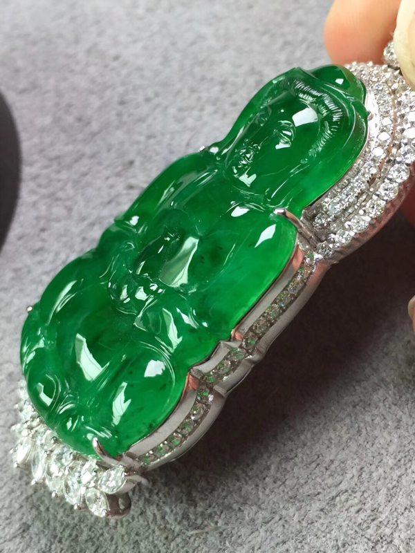 冰浓绿观音 翡翠挂件 裸石尺寸43*25.3*5