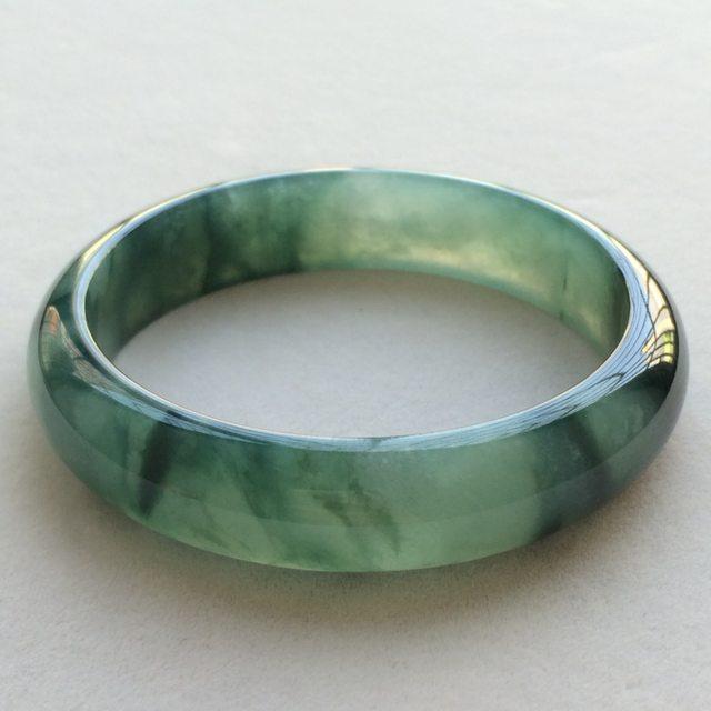 冰润油绿翡翠手镯 缅甸天然翡翠正圈手镯  尺寸:64.2*16*8.7mm