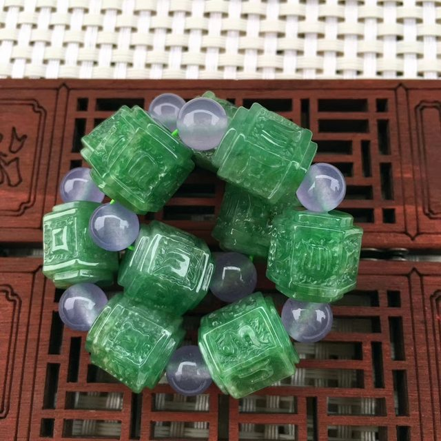 A货翡翠 冰糯种满绿 六字箴言路路通手链