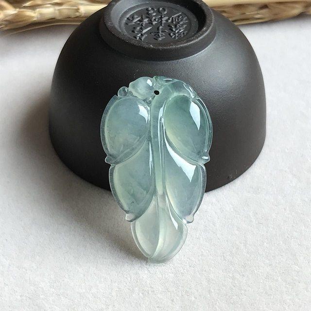 冰飘花树叶 翡翠挂件 尺寸35.1~21.1~4.2mm
