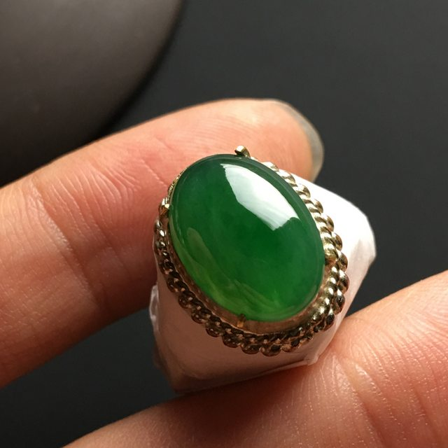 糯种满绿 缅甸天然翡翠戒指 15-11-4.2毫米图7