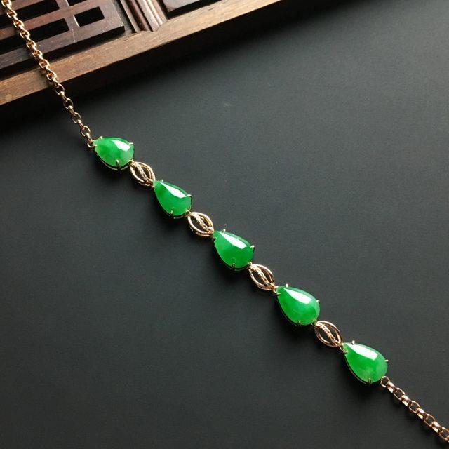 冰阳绿水滴翡翠项链 单个尺寸8.5-6-3.5毫米