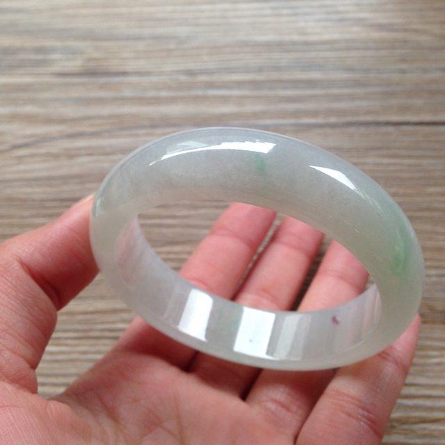 冰糯种飘绿翡翠平安镯 正圈尺寸55.9/15.5/7.9mm66.5g图7