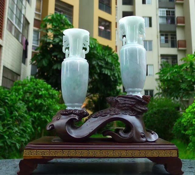 冰糯满绿天然翡翠A货 花瓶摆件
