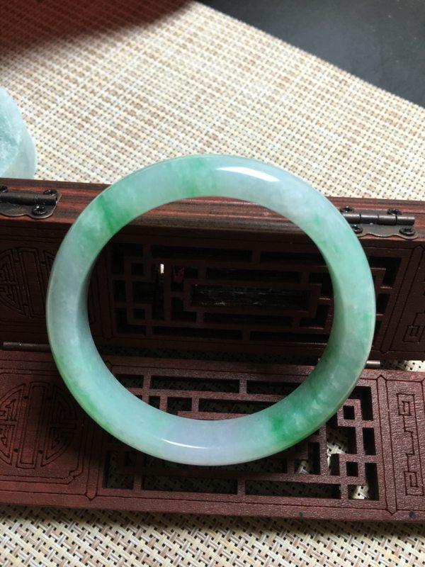 冰種陽綠正圈翡翠手鐲圖1