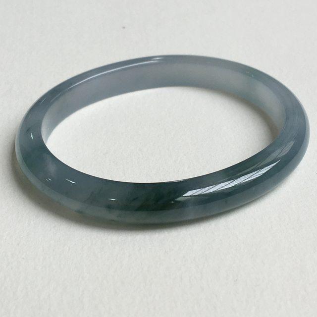 冰种蓝紫飘花贵妃翡翠手镯 55.5x46.7mm