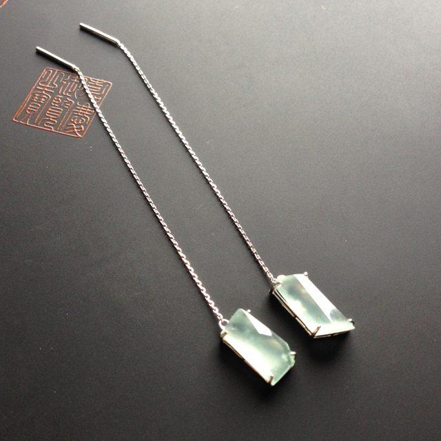 冰种荧光 翡翠耳坠13-6-4毫米