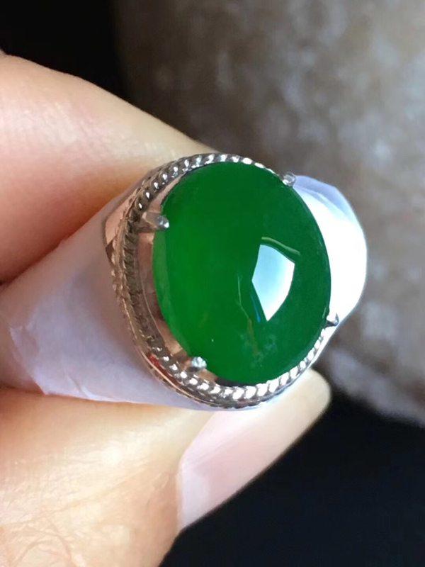 12.2-9.8-4.8寸老坑冰种 辣阳绿色 缅甸天然翡翠戒指