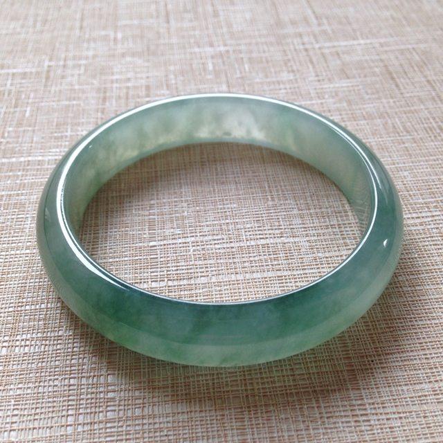 冰种晴水翡翠手镯  缅甸天然翡翠手镯  尺寸55.7×12.5×6.8mm
