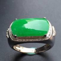 17.3*9.7*3mm冰种阳绿 缅甸天然翡翠戒指