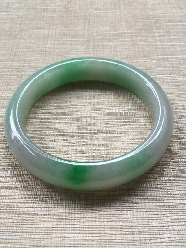 翡翠手镯A货 糯冰种阳绿 60.8正圈手镯