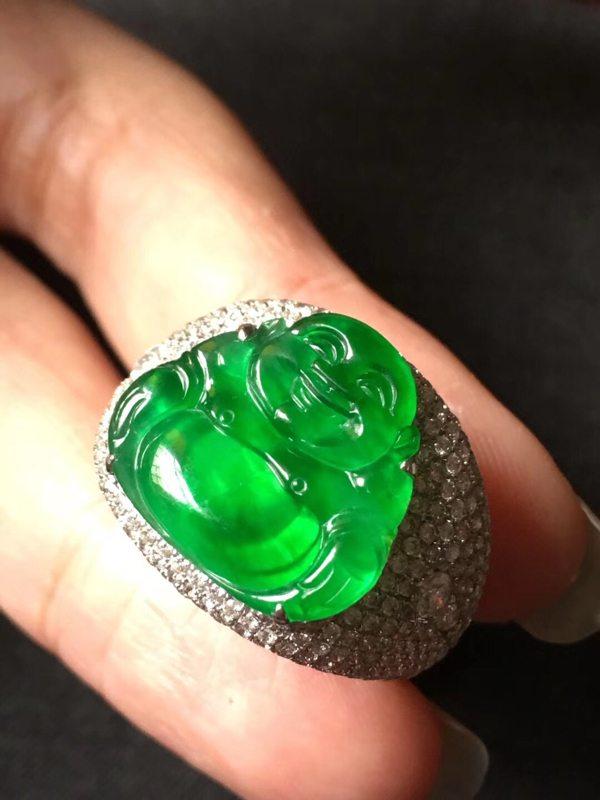16.5*15.54寸玻璃种帝王绿 缅甸天然翡翠戒指