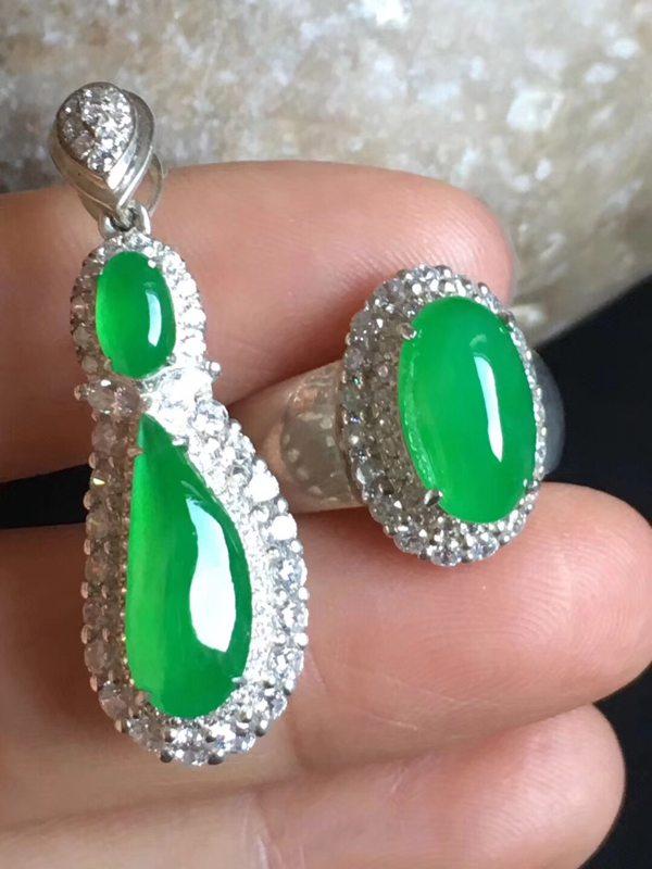 老坑冰种套装 缅甸天然翡翠戒指