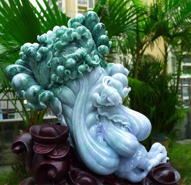 糯种紫底飘绿 翡翠白菜大摆财
