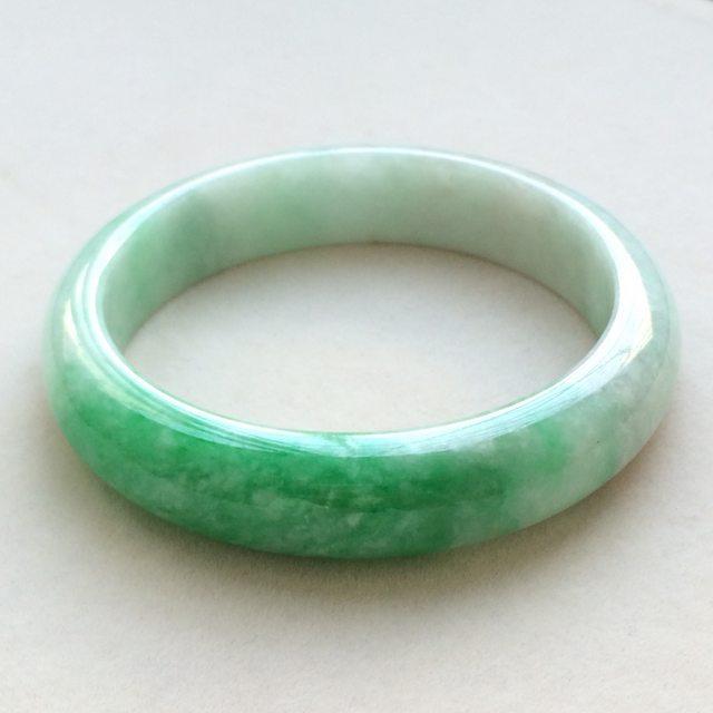 糯冰种辣绿翡翠手镯 缅甸天然翡翠正圈手镯  尺寸:57.6寸