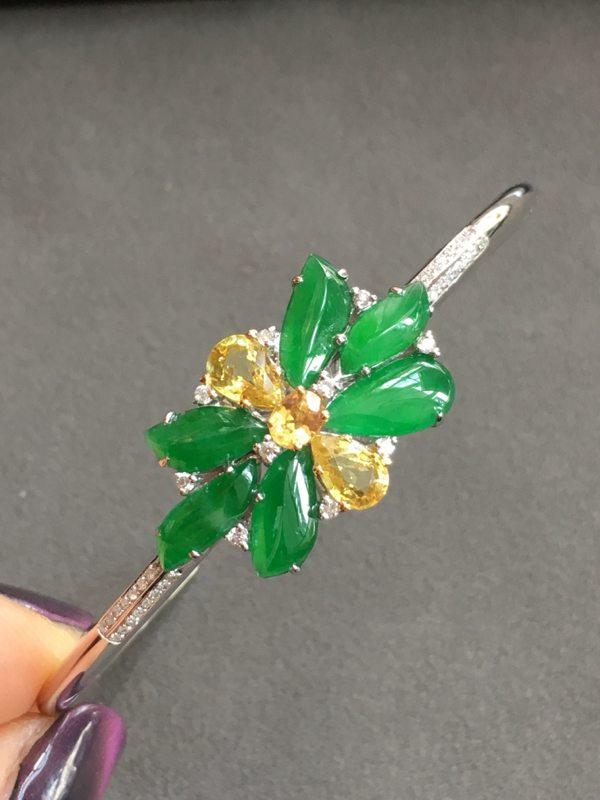 冰种满绿翡翠花手环