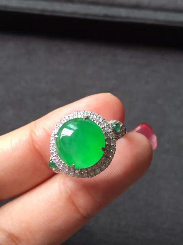 高冰种艳阳绿色标 缅甸天然翡翠戒指