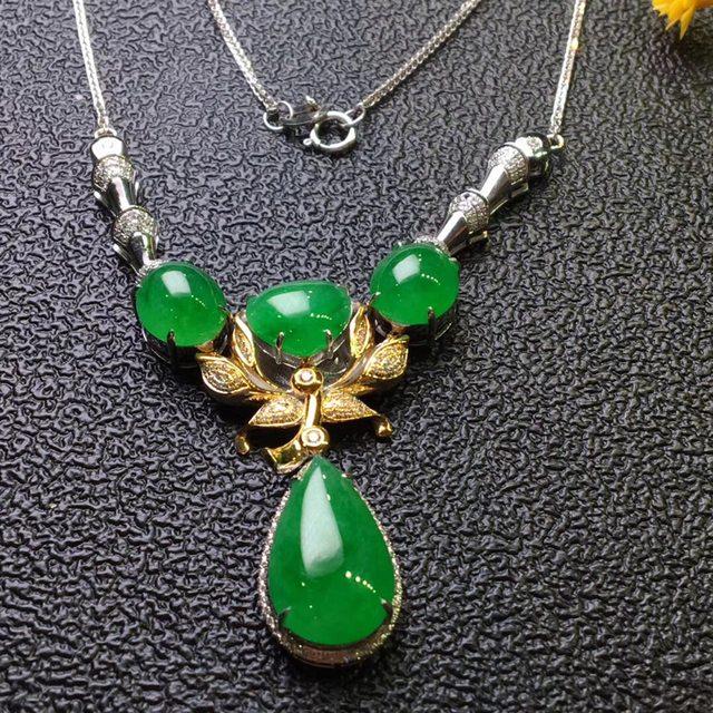 冰种满阳绿旦面翡翠项链