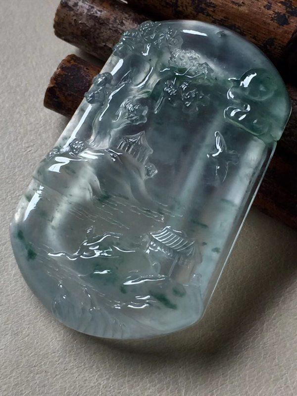 高冰山水 翡翠吊坠 尺寸46.8*30.5*6.7