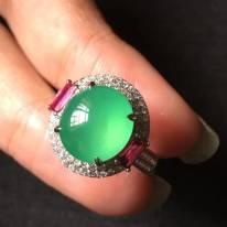 10.5*10.5寸高冰綠燈泡 翡翠戒指