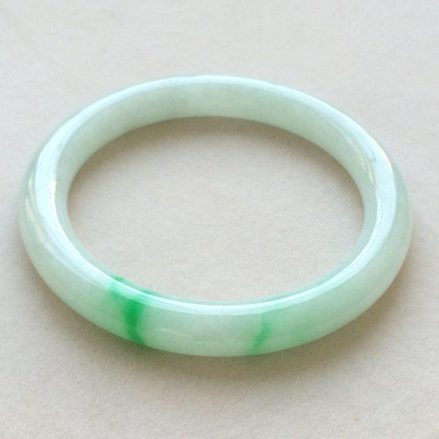 冰种飘绿翡翠手镯  缅甸天然翡翠圆条手镯 尺寸:56.8寸