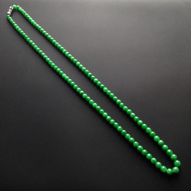 糯冰种阳绿翡翠项链 109颗 单颗尺寸4mm