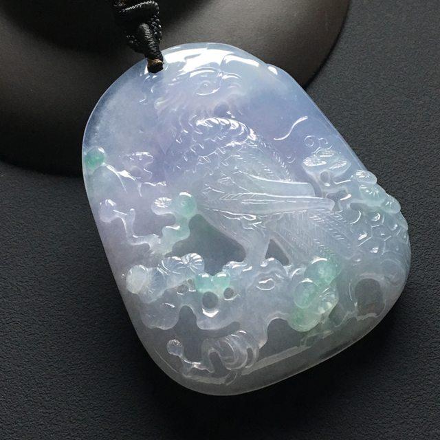 冰种春带彩英明神武翡翠挂件  尺寸:51-41-11.3毫米