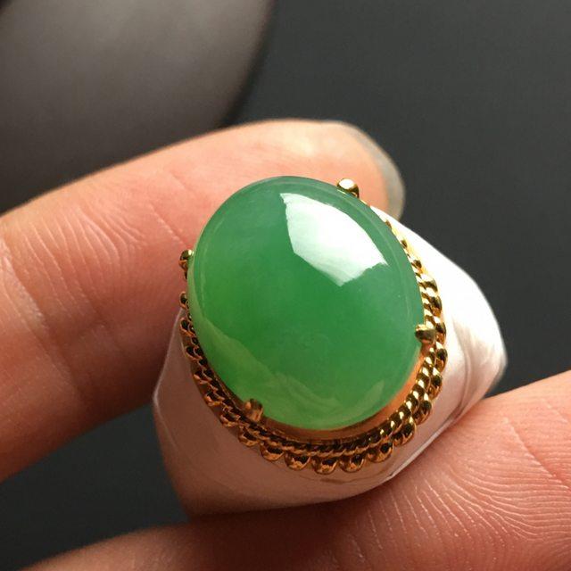 冰种晴绿 缅甸天然翡翠戒指 15.5-13-5.5毫米