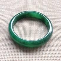 正圈糯种浓绿翡翠手镯