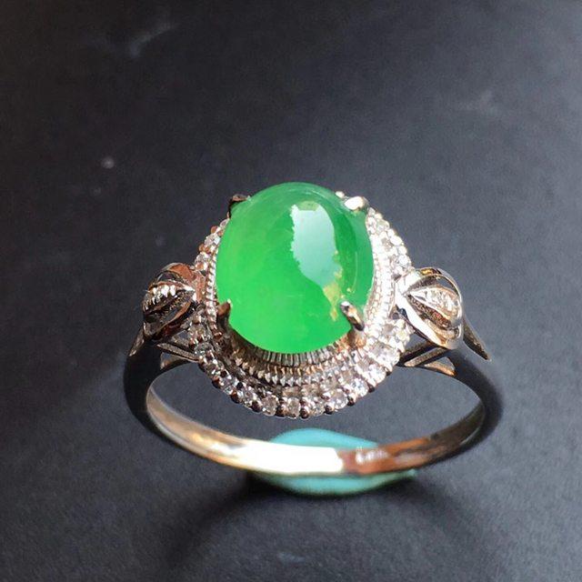 冰种阳绿 翡翠戒指大小8.3*6.7*5mm