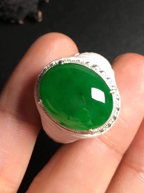 冰种满绿 缅甸天然翡翠戒指17.8-14.2-4.8毫米