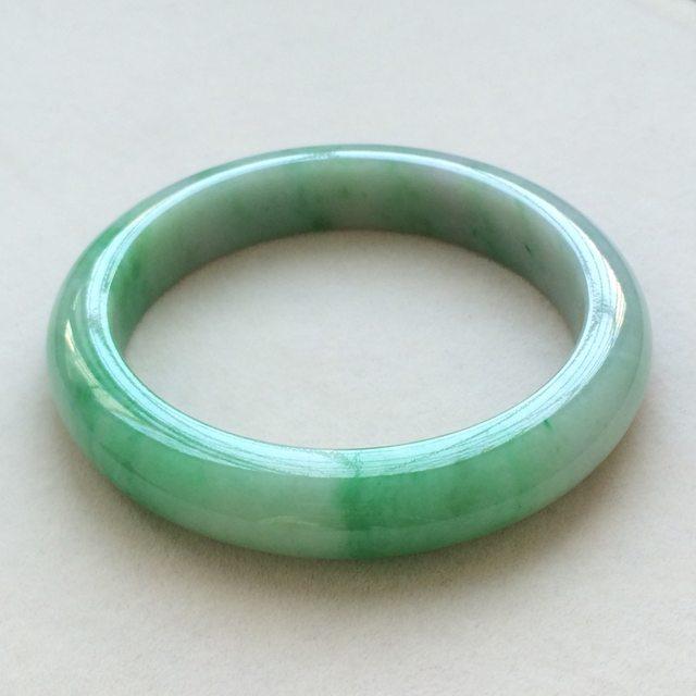 冰种飘绿翡翠手镯 缅甸天然翡翠手镯  尺寸:57.7寸