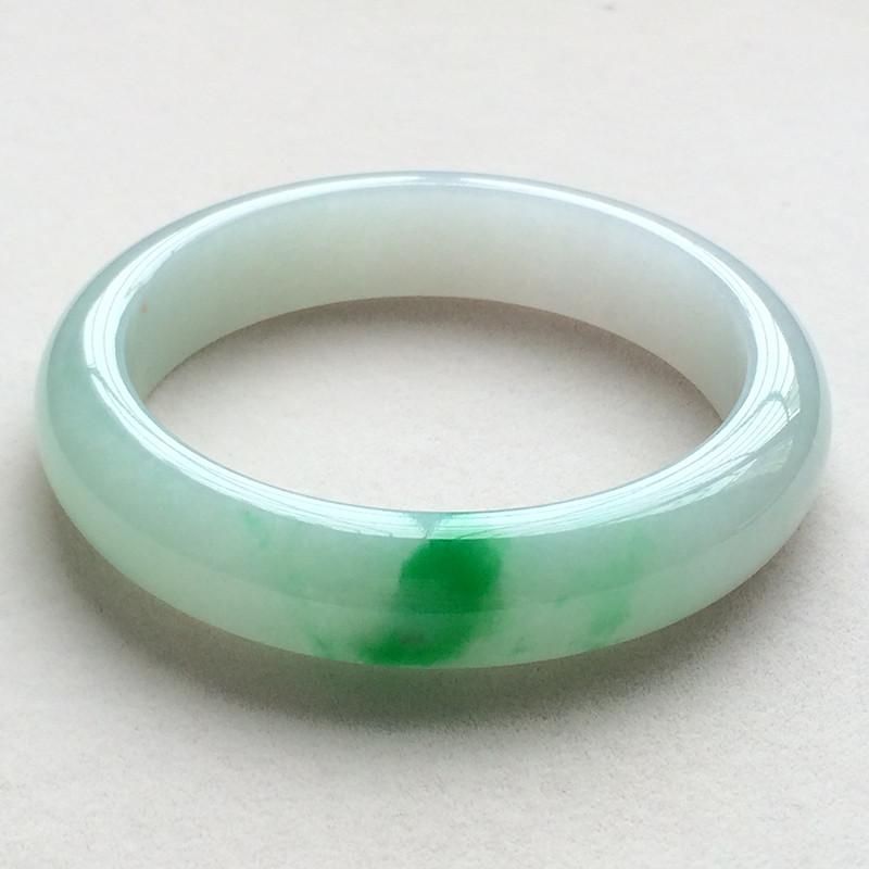 糯种阳绿天然翡翠扁管手镯(57mm)