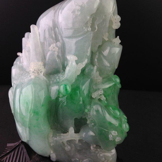 18-13-9寸冰种带色悠然自得翡翠摆件图7
