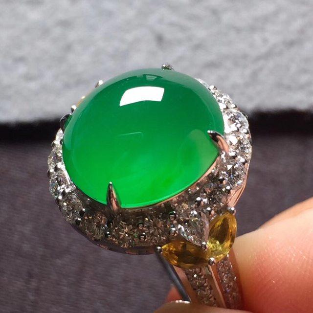 12.8*11.3*7寸高冰阳绿 缅甸天然翡翠戒指