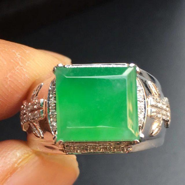 冰种阳绿方形 缅甸天然翡翠戒指