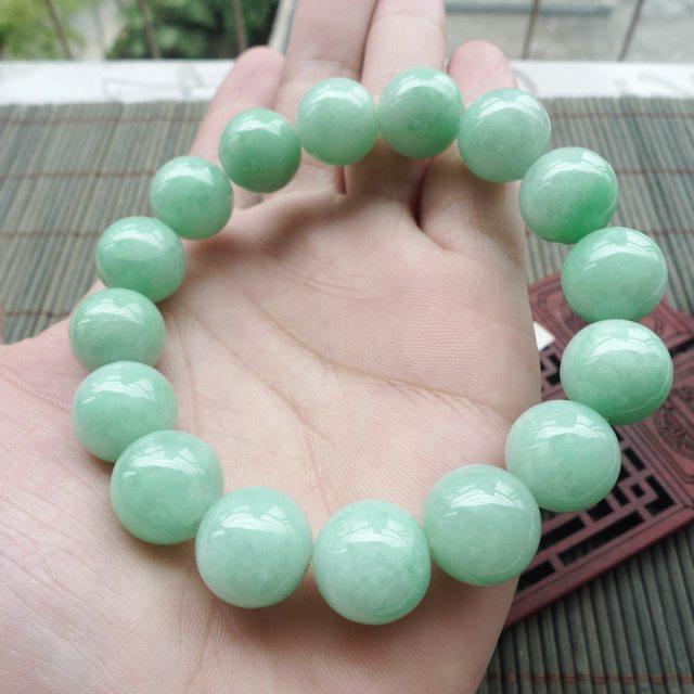 精美满色豆绿圆珠翡翠手串 珠大取一13.5mm
